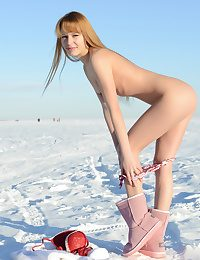 Nudity on the snow